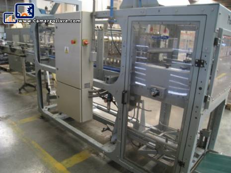 Machine to box and seal carton box