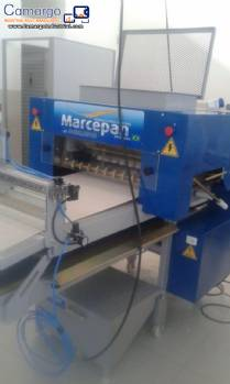 Dosing machine for sweet or salty foods Marcepan