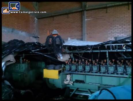 Machine for production of steel wool