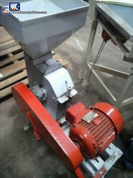 Sugar type Hammer Mill
