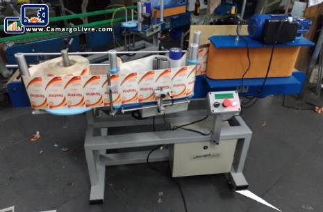 Labeling machine for cylindrical bottles Econopack