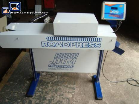 Sealing machine for bags JHM
