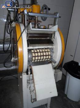 Equipment for the production of ravioli and pastry appetizer Cerini