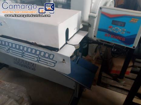 Plastic bag sealer by conveyor belt JHM