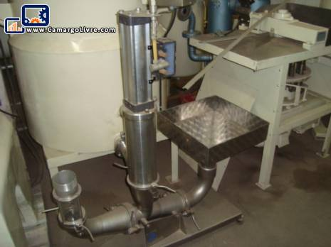 Pneumatic cylinder pump for transporting giblets of small birds Linco